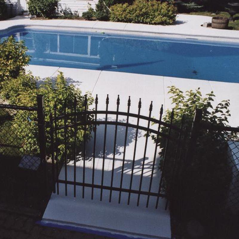 Acrylique et Béton Plus après piscine